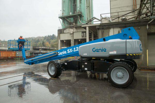 Genie-SX125-XC-in-duty.jpg
